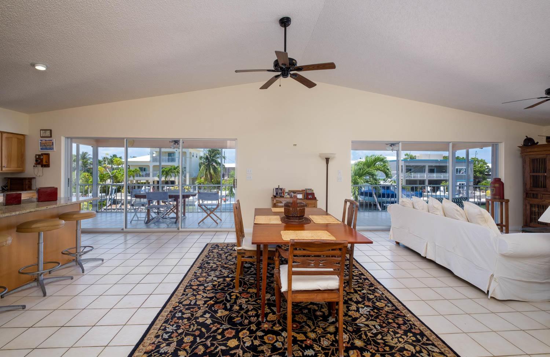 107 W Plaza Del Sol Property Photo 13