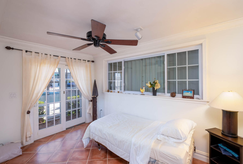 107 W Plaza Del Sol Property Photo 24