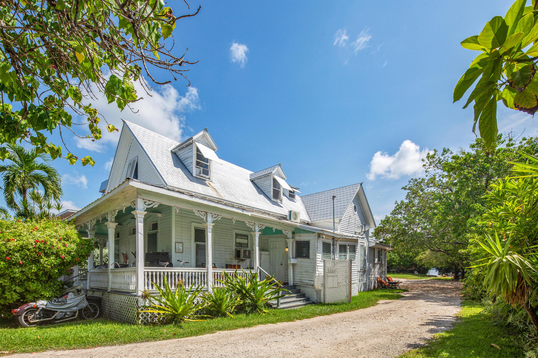 901 Eisenhower Drive Property Photo 1