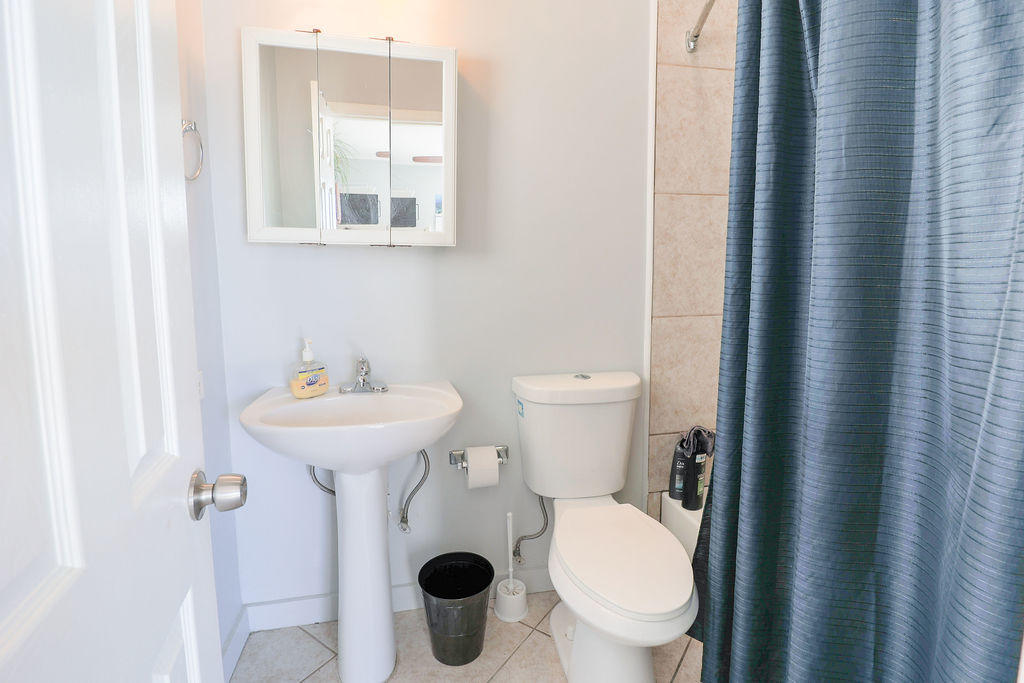 A17 12th Avenue Property Photo 18