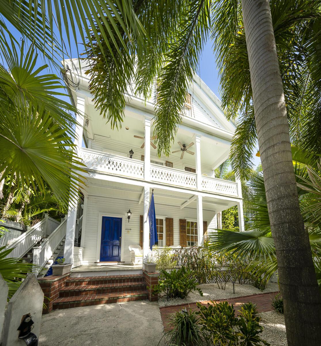1009 Southard Street Property Photo 1