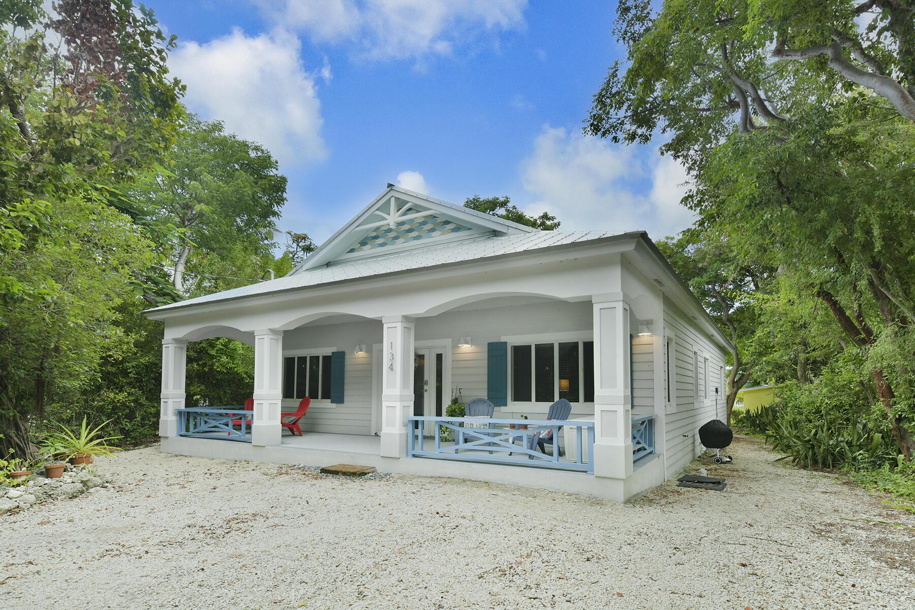 Singletons Add Tavernier Cove (92.0) Real Estate Listings Main Image