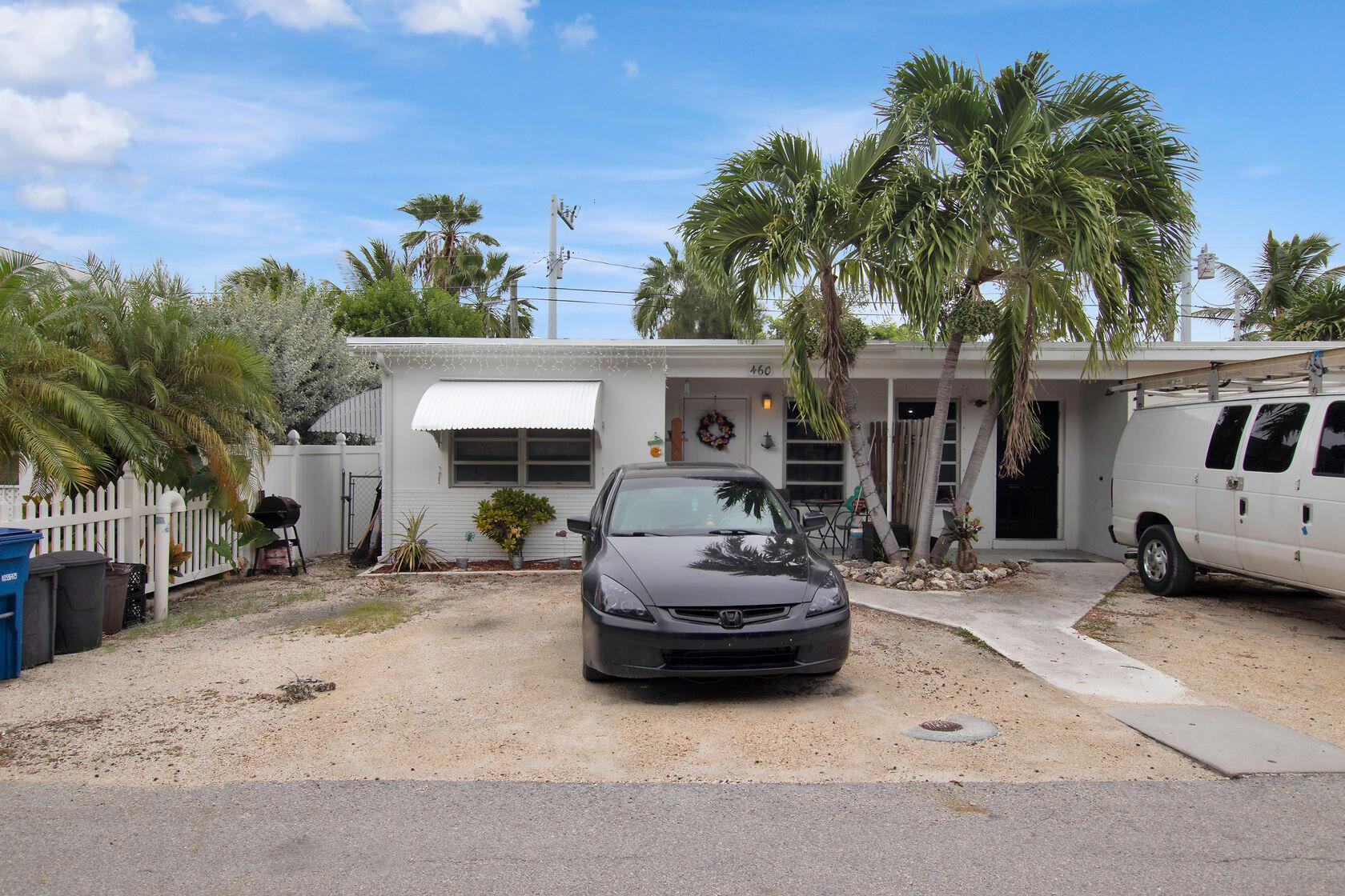 460 17th Ct Gulf Property Photo 1