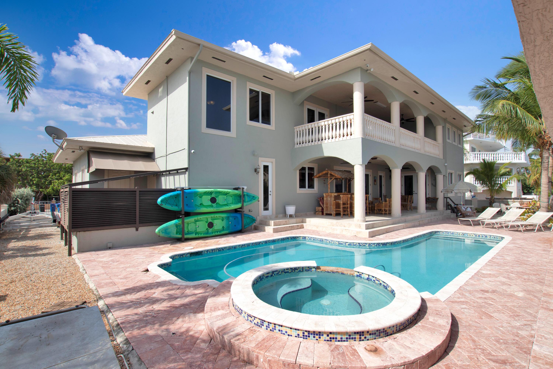 516 Caribbean Drive Property Photo 1