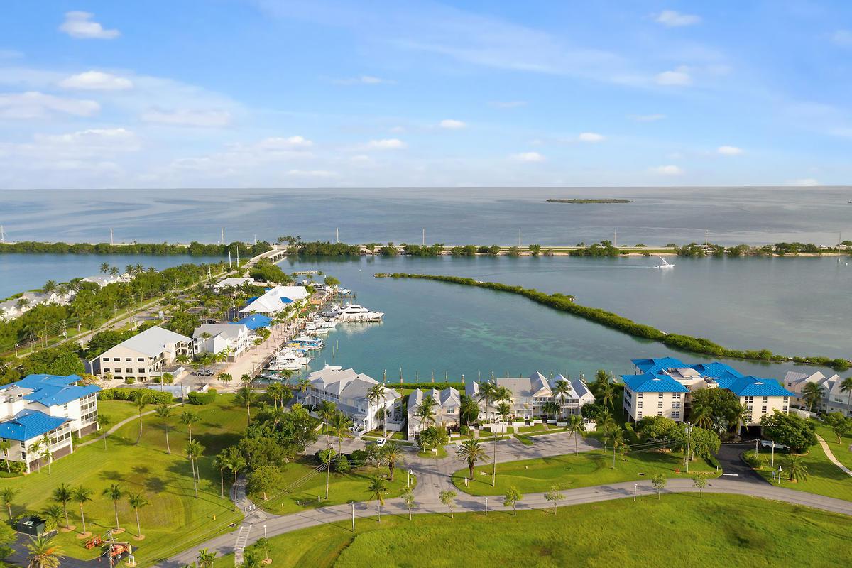 6009 Marina Villa Drive Property Photo 1