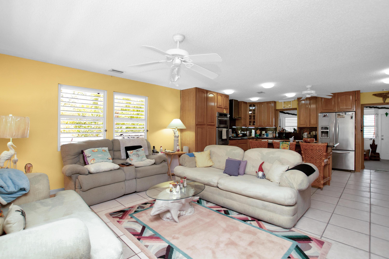 29150 Watson Boulevard Property Photo 8