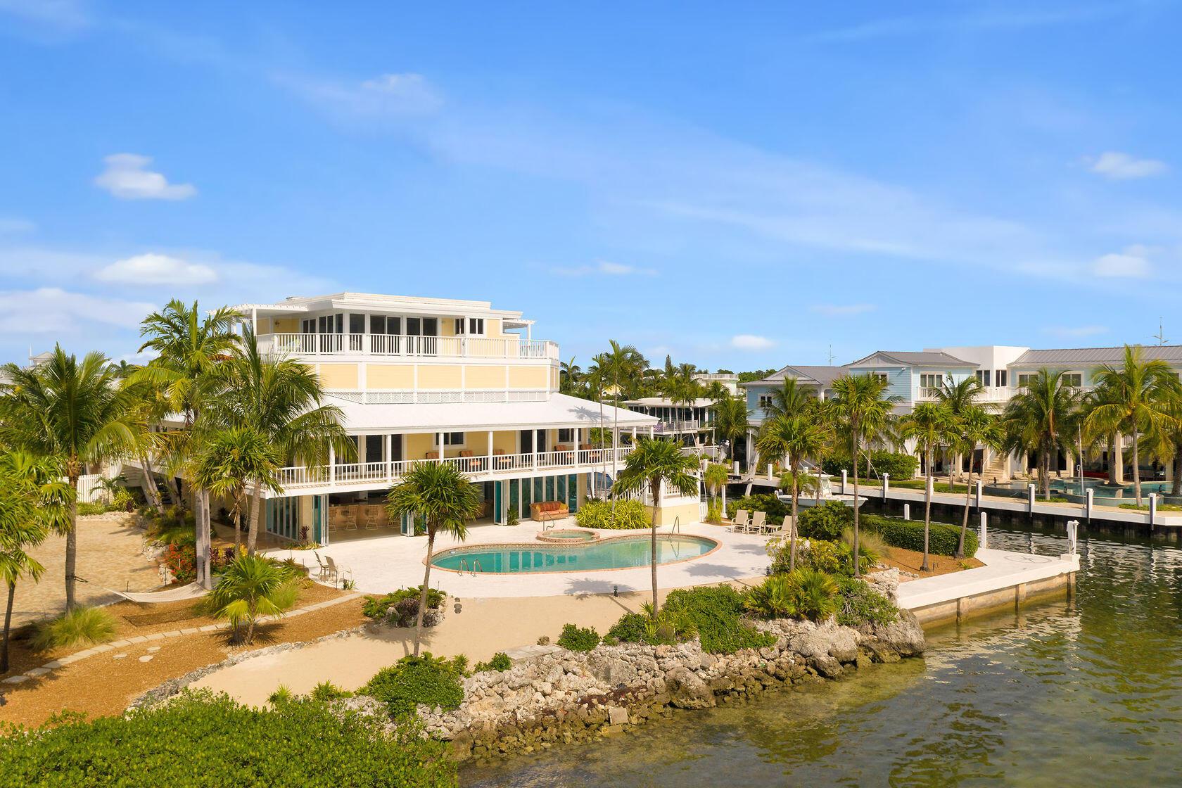 200 Harbor Drive Property Photo