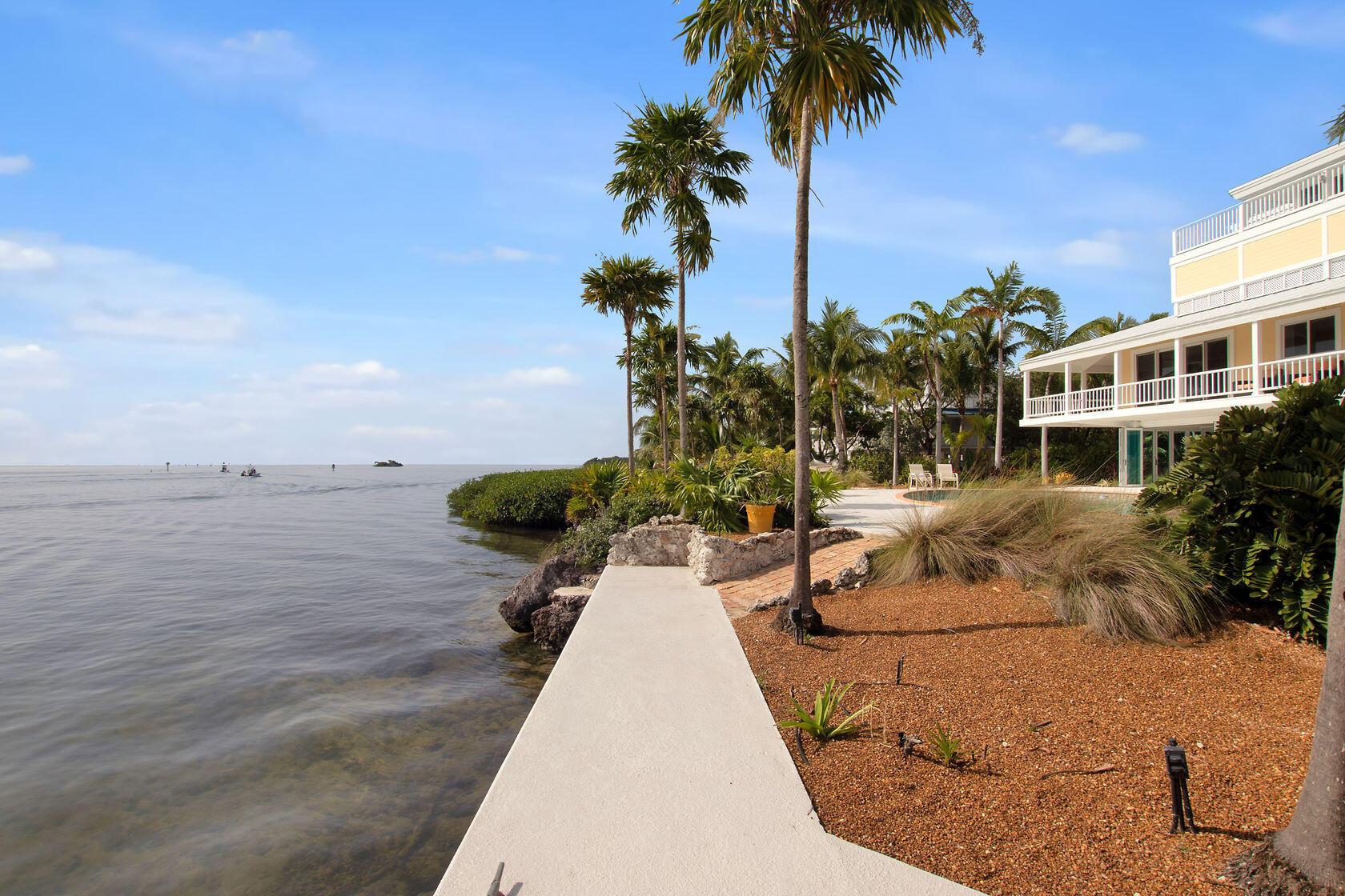 200 Harbor Drive Property Photo 13