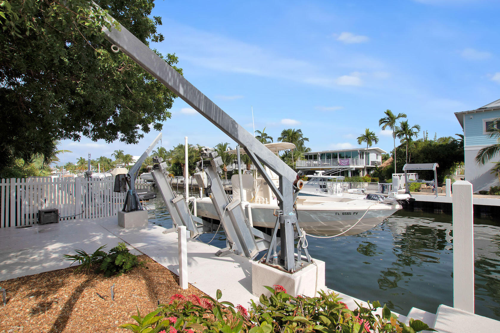 200 Harbor Drive Property Photo 15