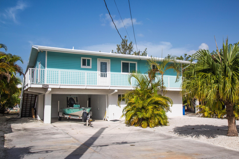 1042 E Caribbean Drive Property Photo