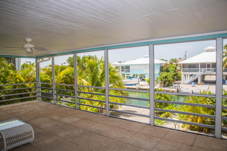 1042 E Caribbean Drive Property Photo 13