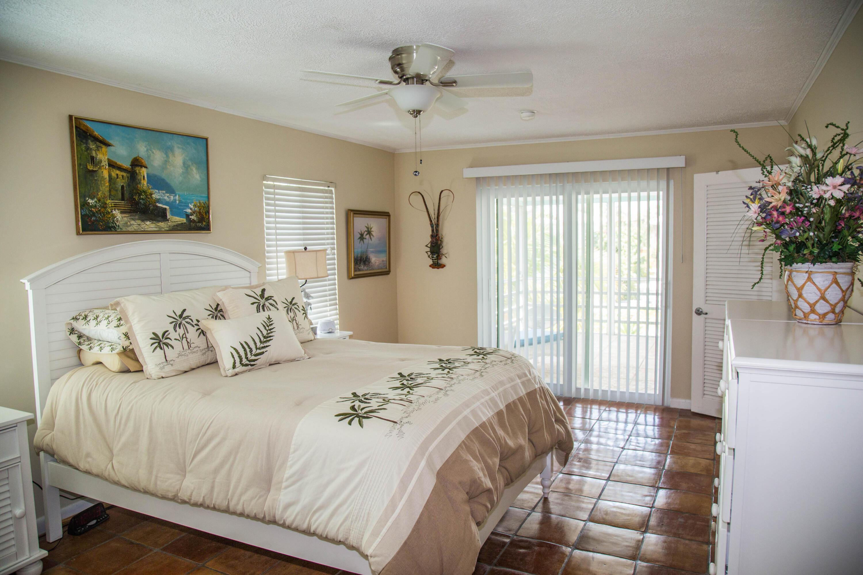 1042 E Caribbean Drive Property Photo 20