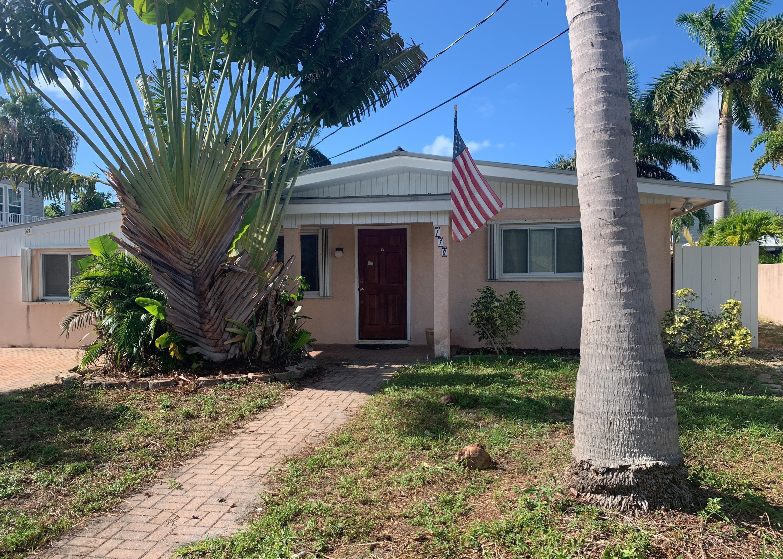 110 Avenue G Property Photo 1