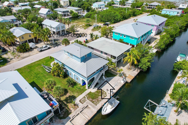 27385 Saint Lucie Lane Property Photo 1
