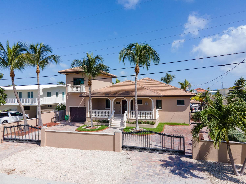 137 Marina Avenue Property Photo 1