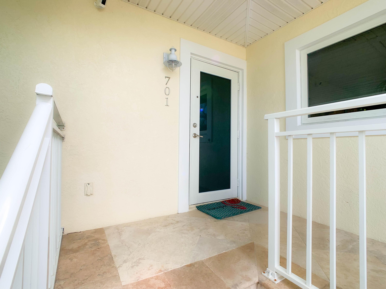 701 9th Street Property Photo 9
