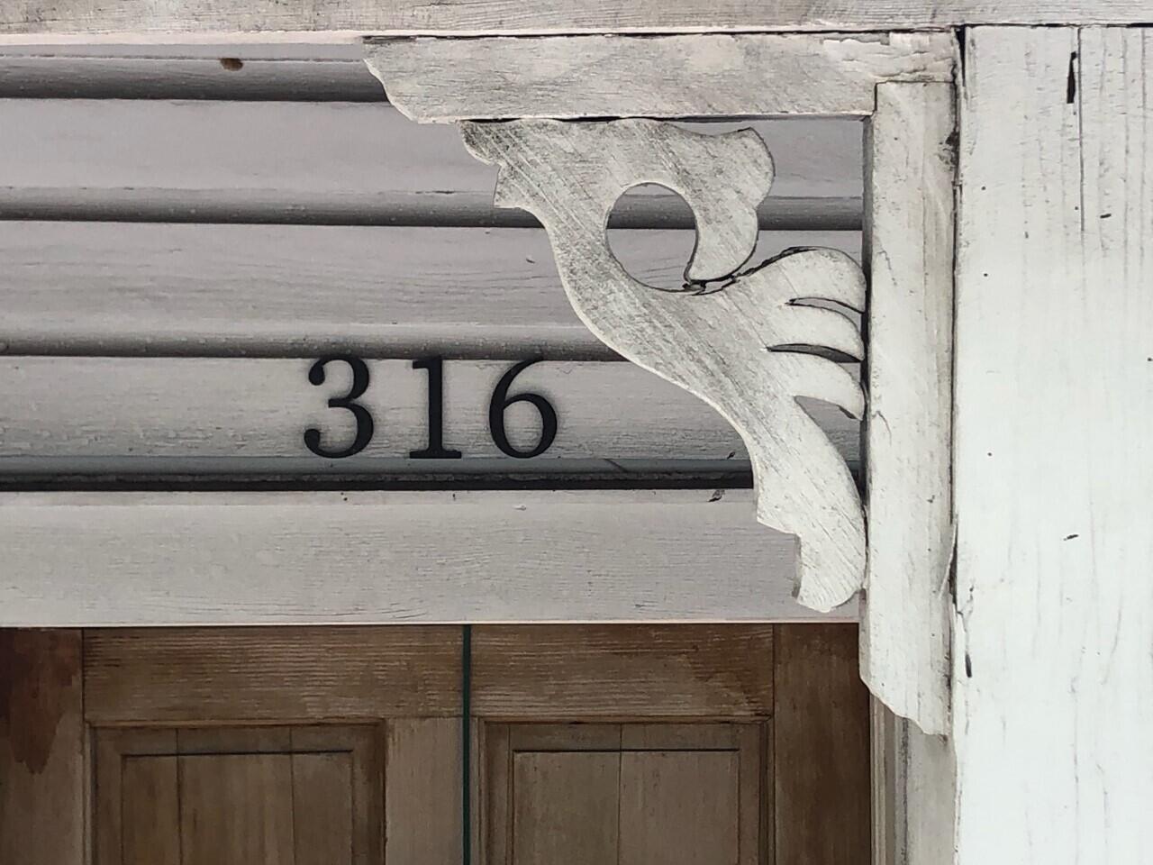 316 Southard Street Property Photo 1