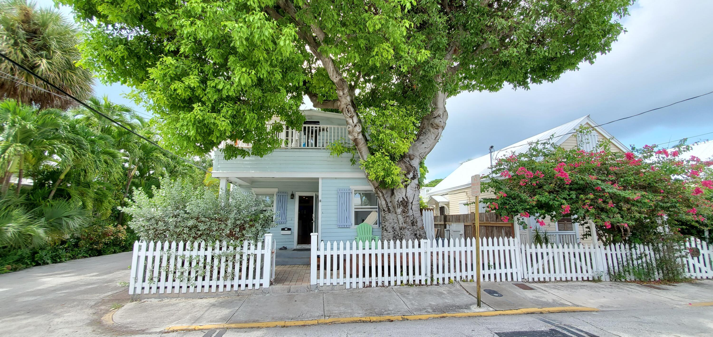 1301 Newton Street Property Photo 22
