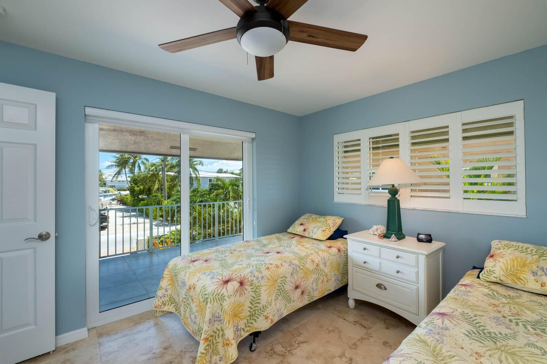 55 W Plaza Del Lago Property Photo 9