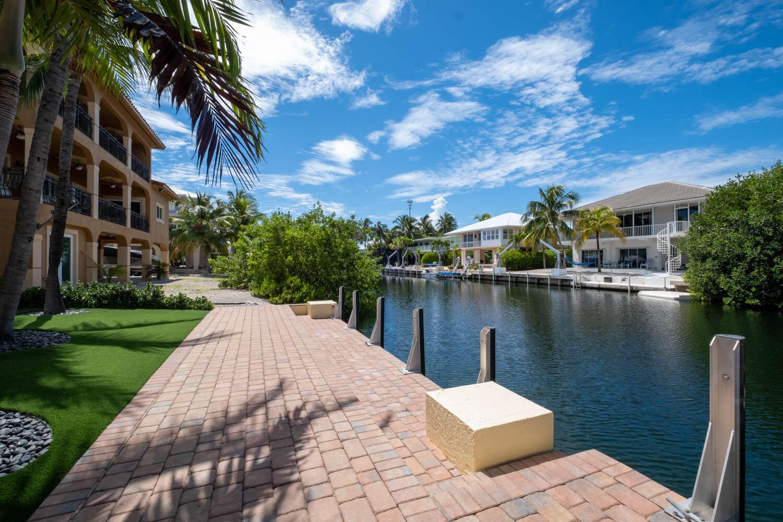 55 W Plaza Del Lago Property Photo 36