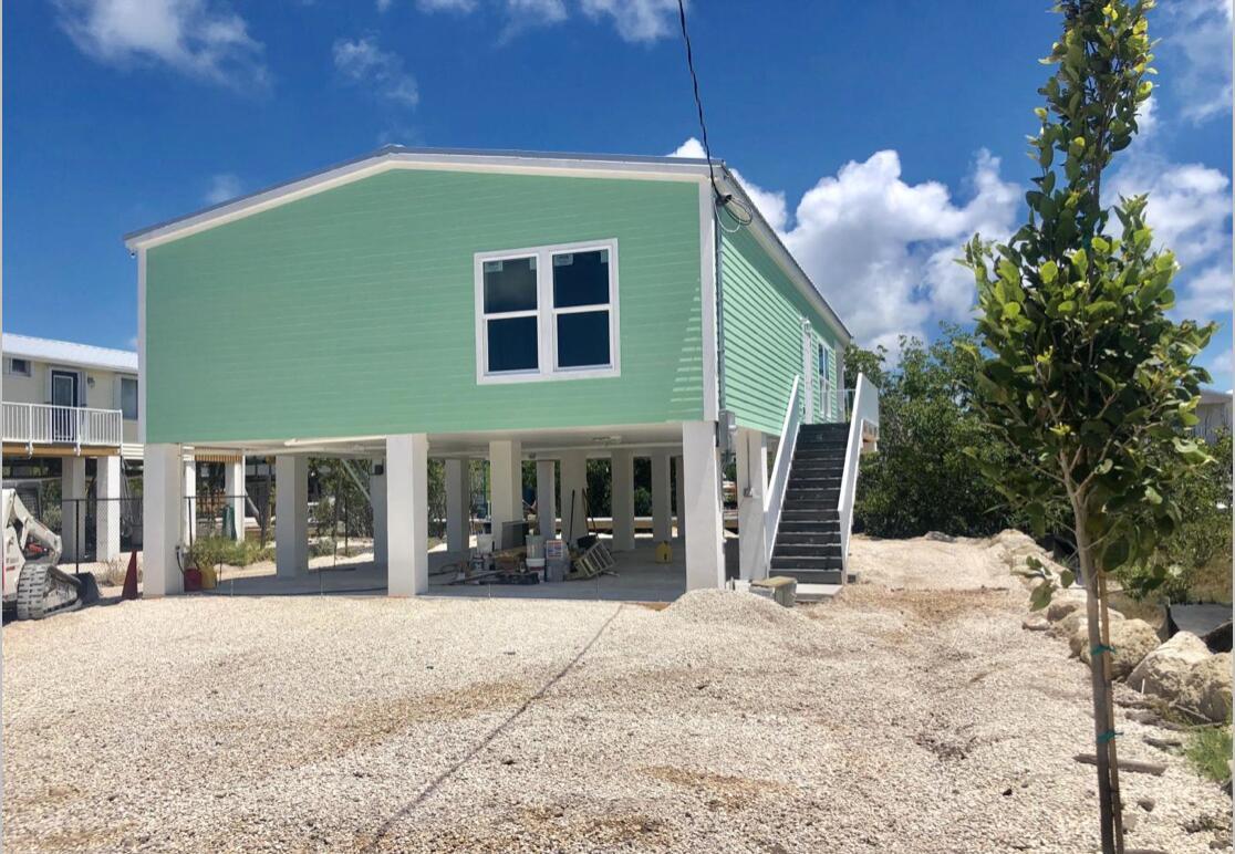 49 Blue Water Drive Property Photo 1