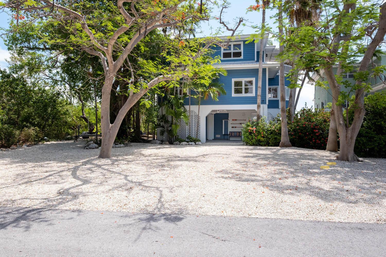 316 North Drive Property Photo 1
