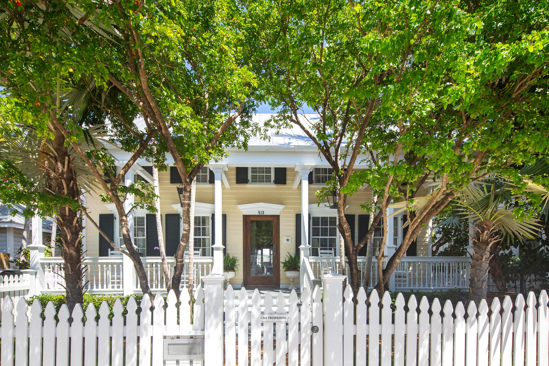 513 William Street Property Photo