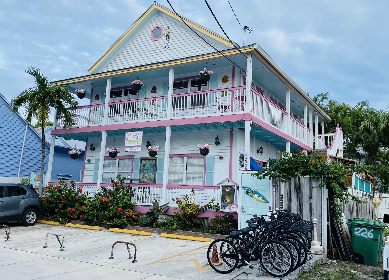 226 Petronia Street Property Photo 1