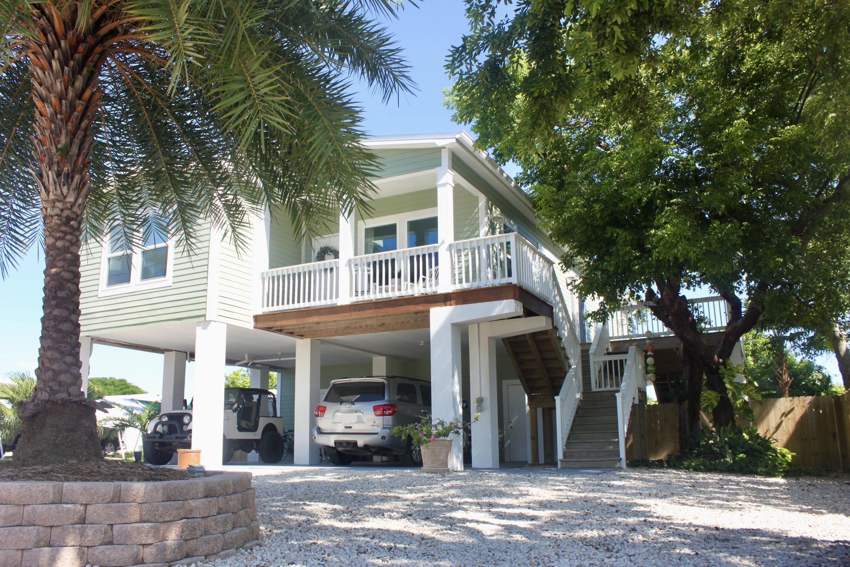 8046 Tuna Drive Property Photo 1
