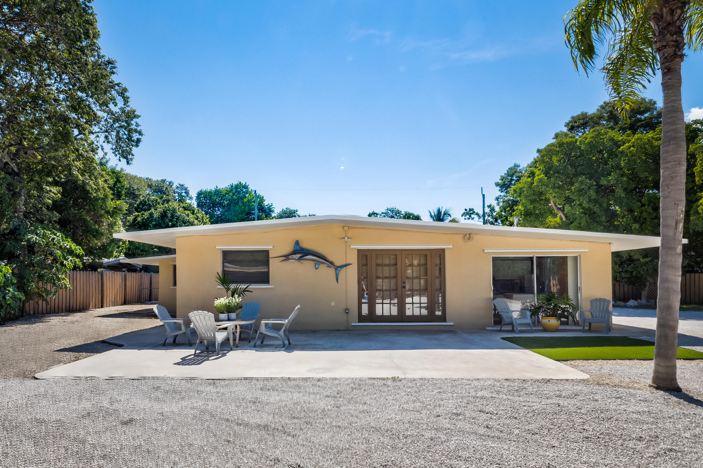 133 N Hammock Road Property Photo 1