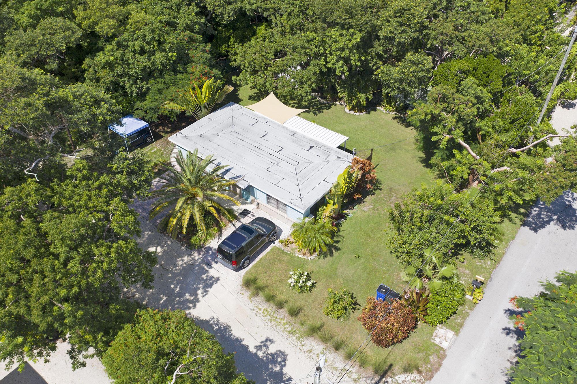 218 Matecumbe Avenue Property Photo 1