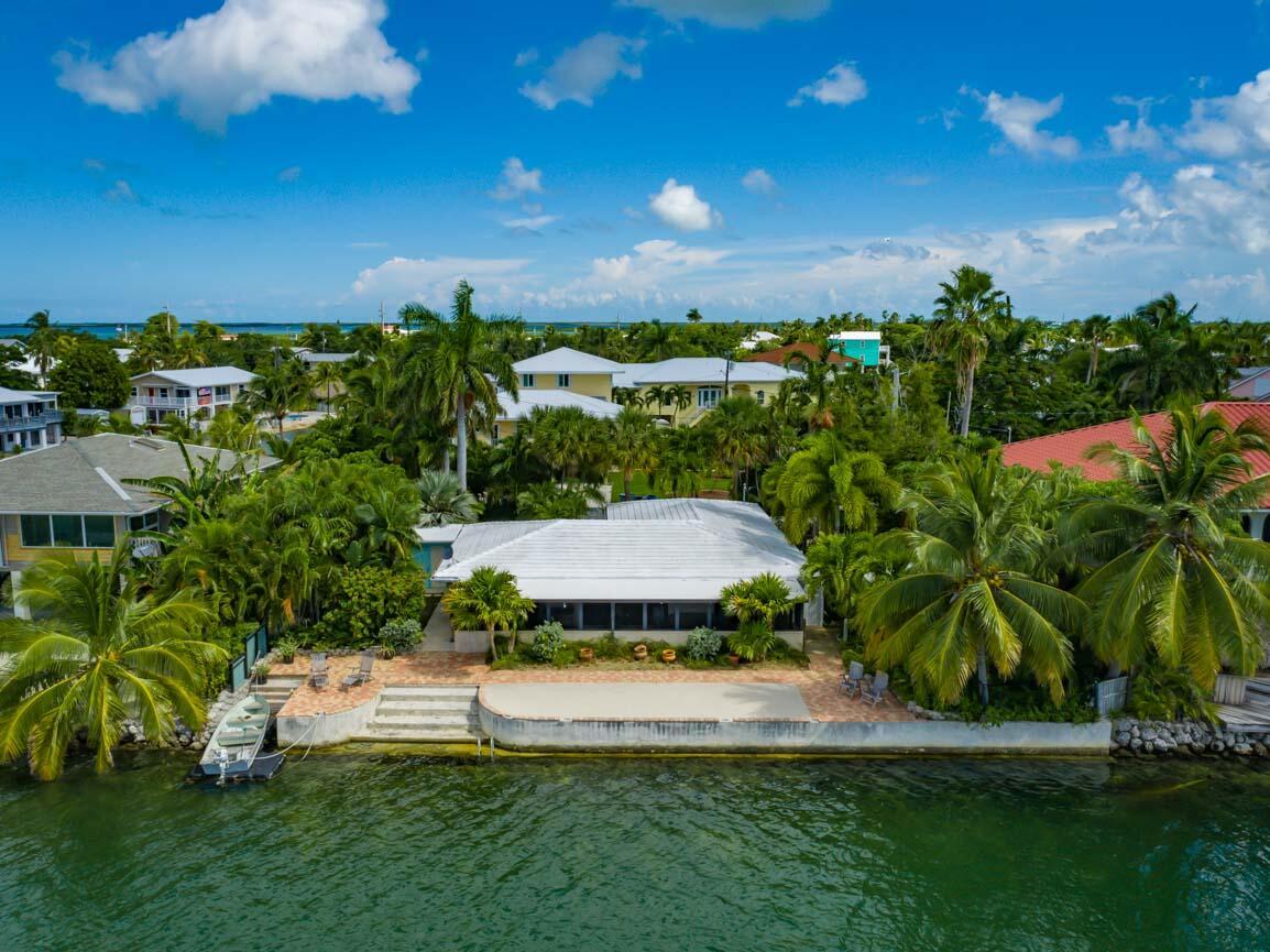 151 Shore Drive Property Photo 2