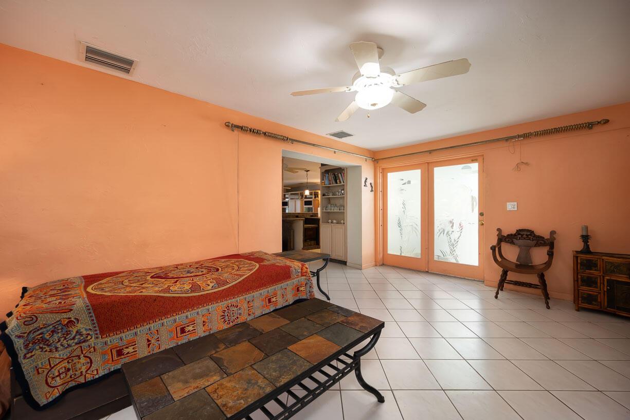 151 Shore Drive Property Photo 11