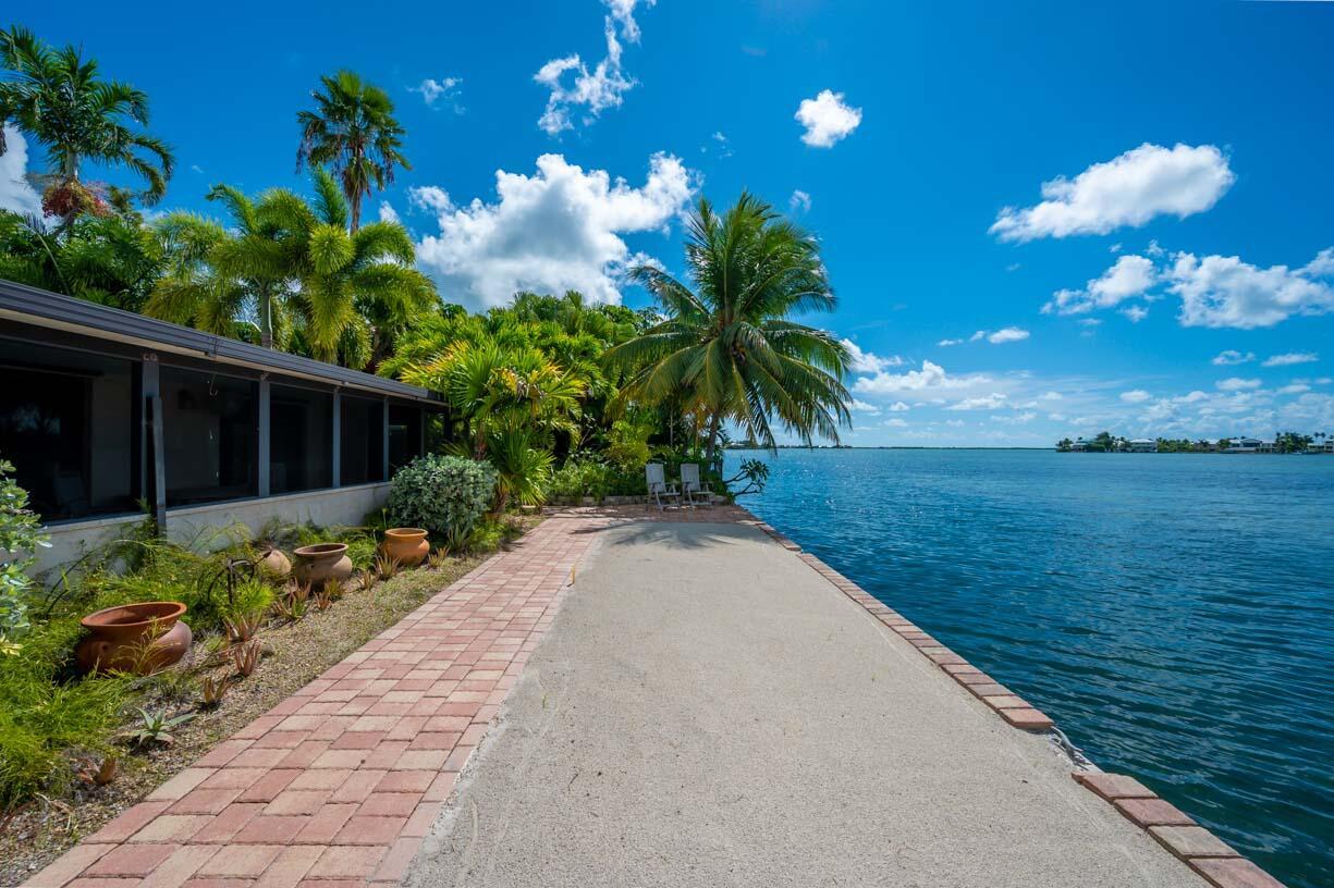 151 Shore Drive Property Photo 16
