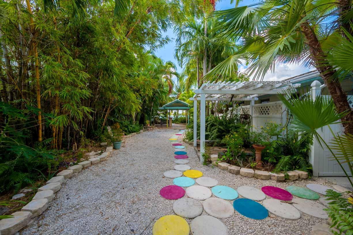151 Shore Drive Property Photo 20