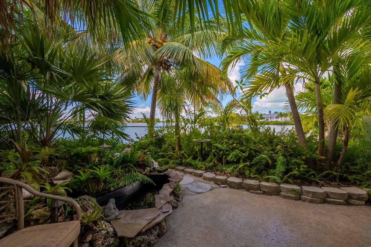 151 Shore Drive Property Photo 21