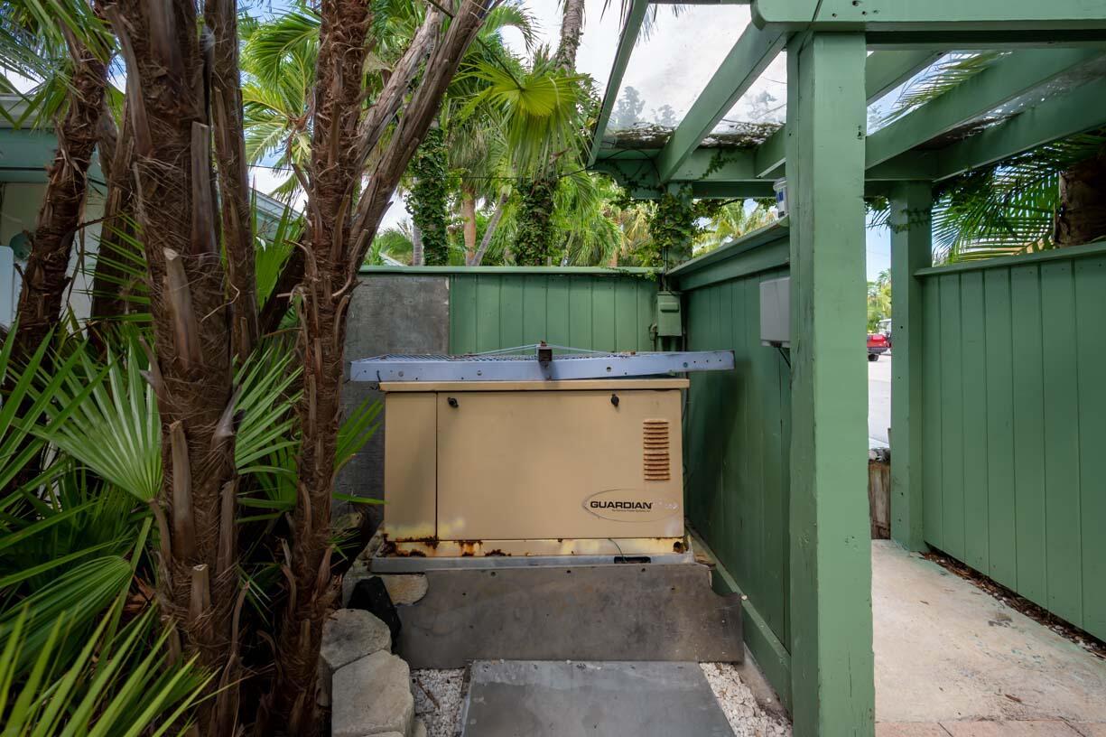 151 Shore Drive Property Photo 27