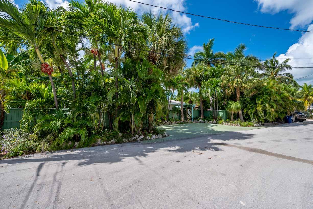 151 Shore Drive Property Photo 30