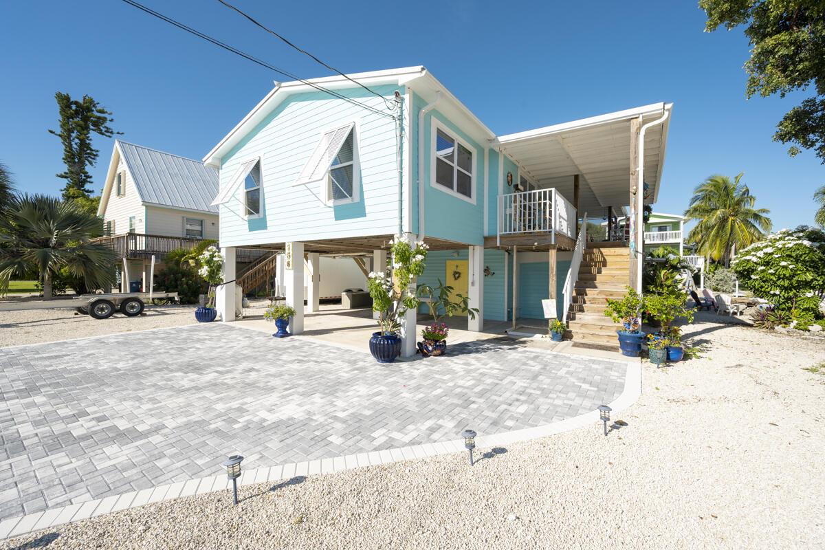 156 Maracaibo Lane Property Photo 1
