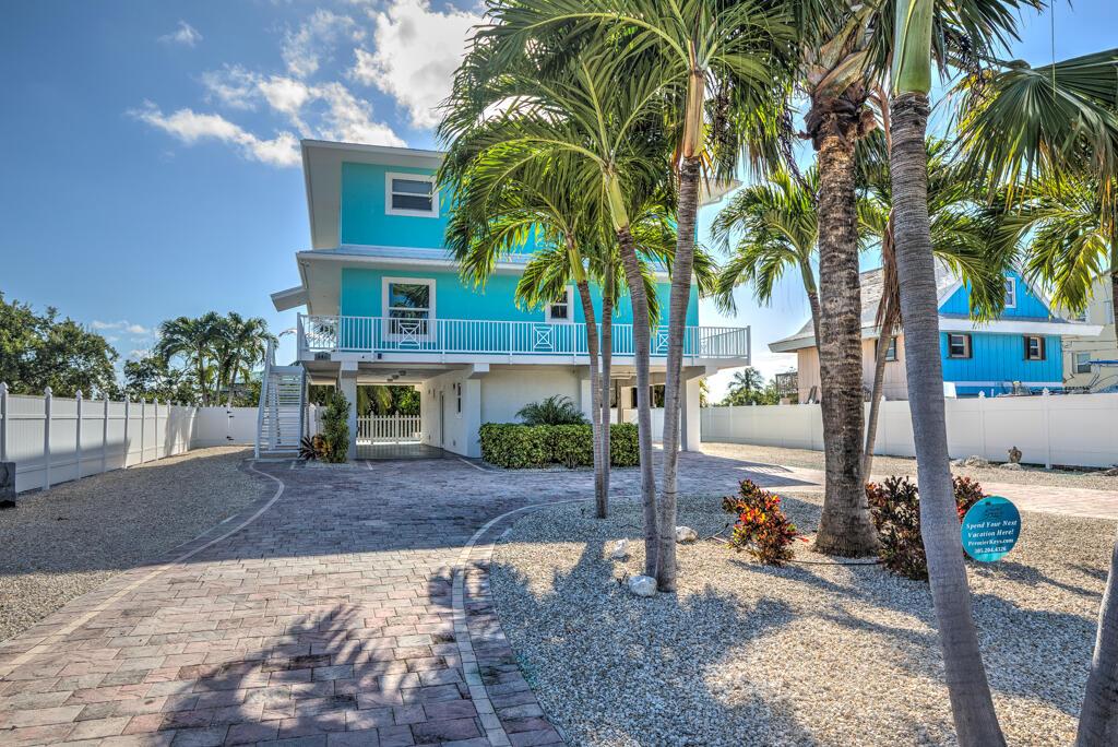 544 Sombrero Beach Road Property Photo 1