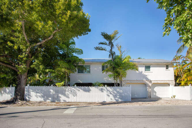 1737 Laird Street Property Photo 1