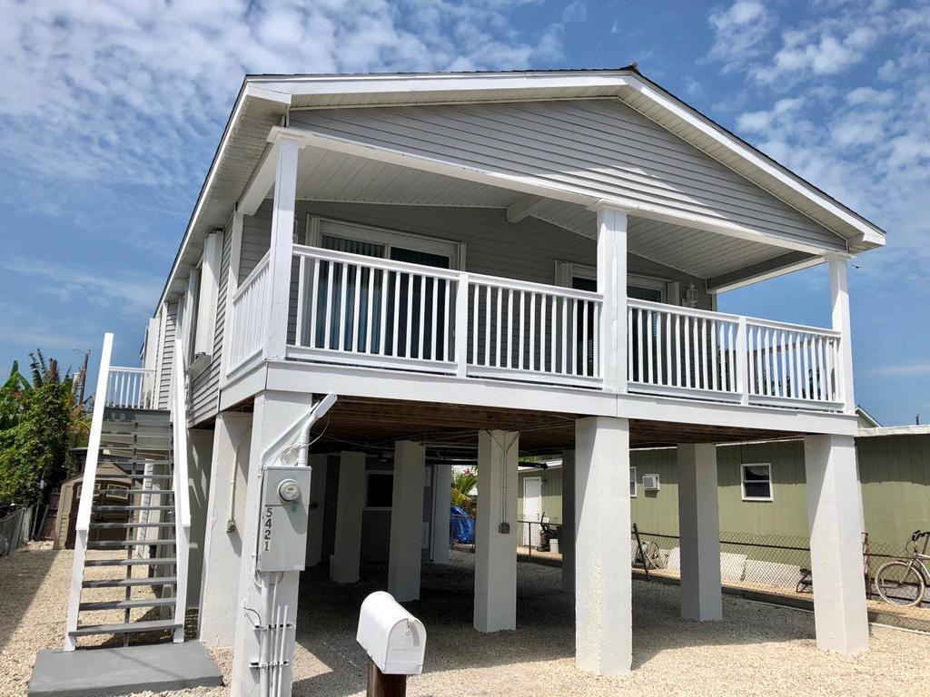 5421 Robyn Lane Property Photo 1