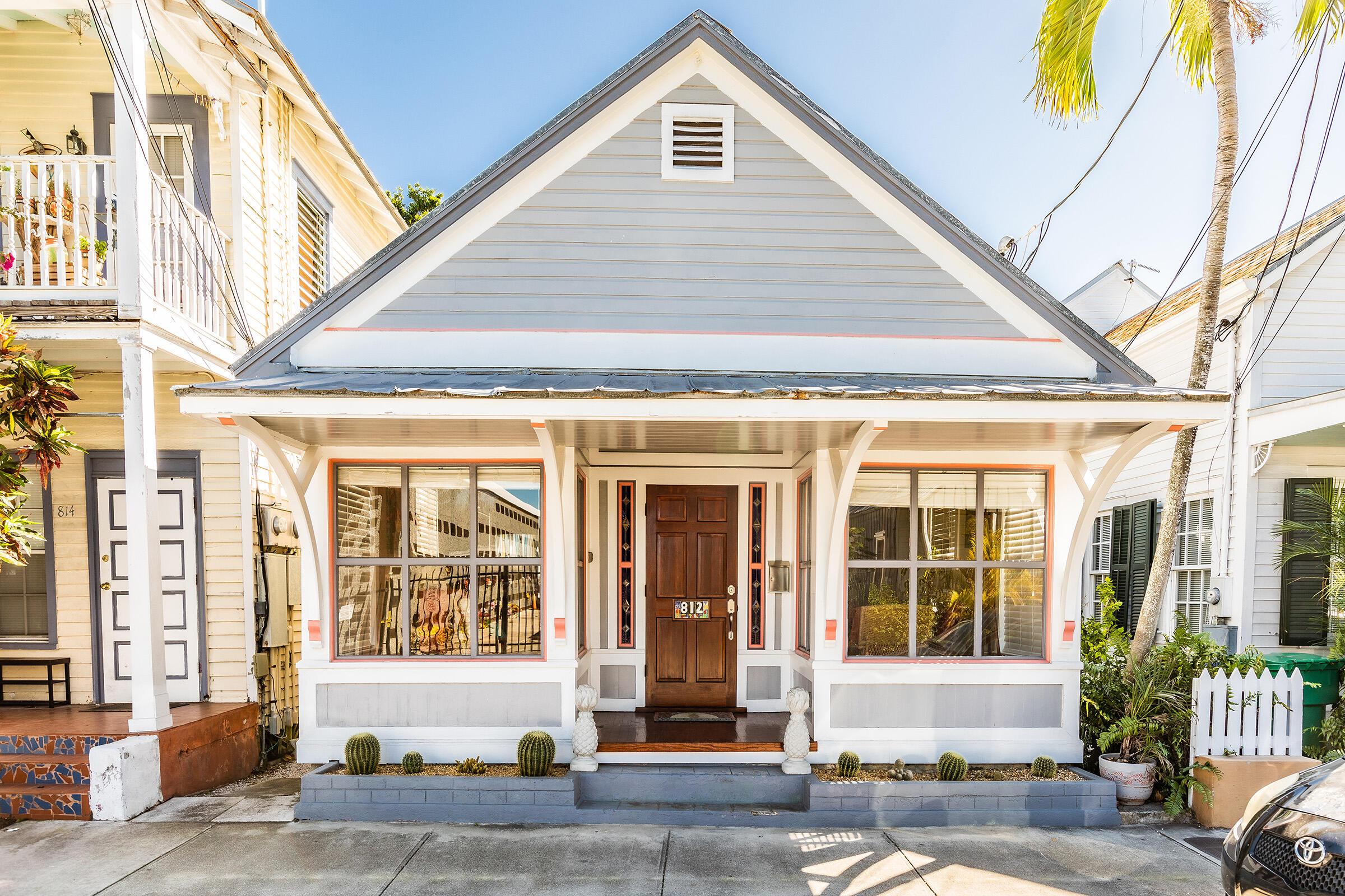 812 Olivia Street Property Photo 1