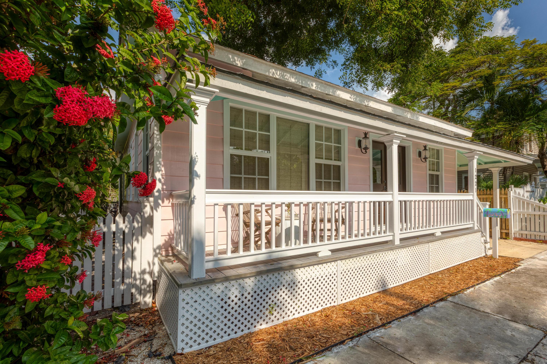 1221 Olivia Street Property Photo 1