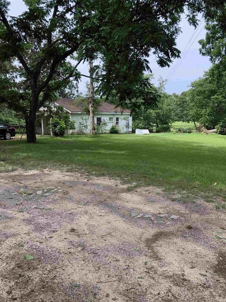 818 Morgan Court Property Photo