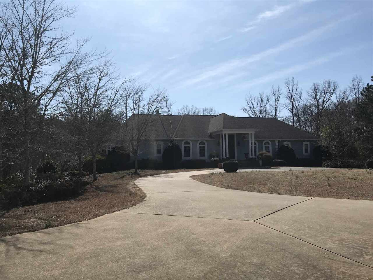 140 Strickland Pasture Road Property Photo