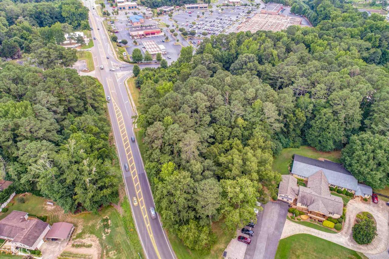 6560 Hickory Flat Highway Property Photo