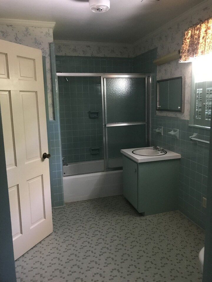 1200 Savannah Property Photo 12