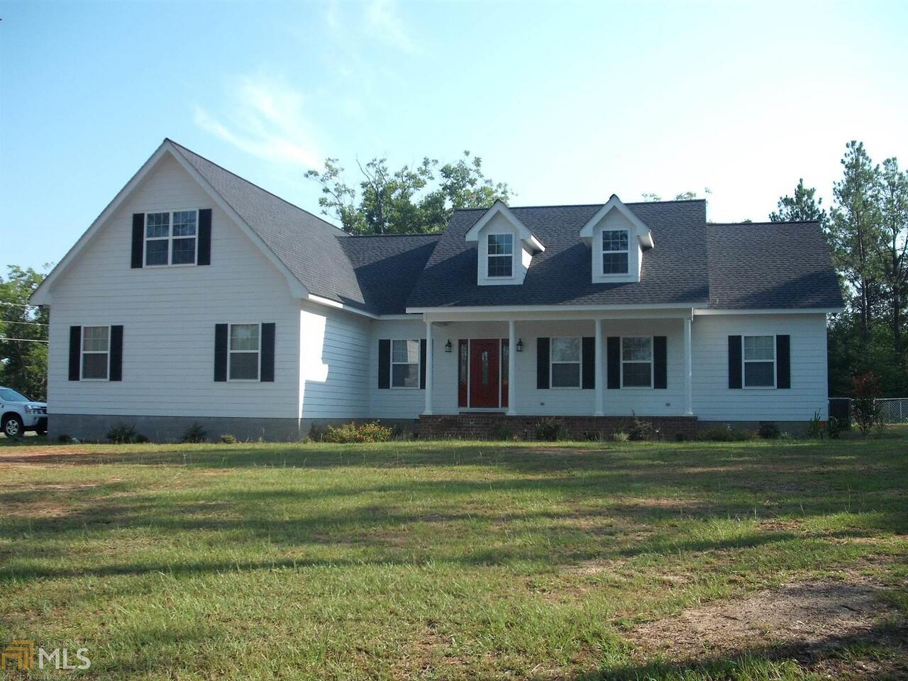 15 Woodland Drive Property Photo