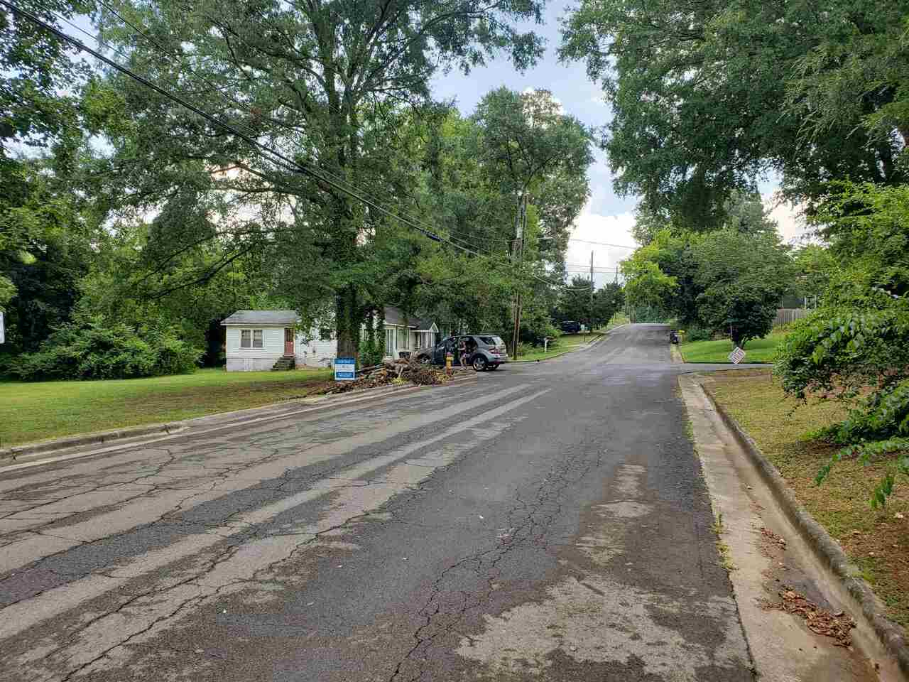 315 E 17th Street Property Photo